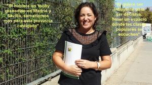 María del Carmen Pérez, a las puertas de la sede provincial de IU.