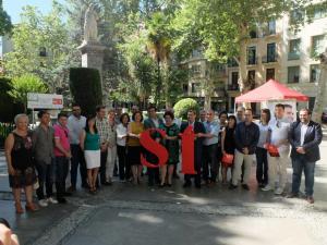 Alcaldes y concejales, junto a candidatos y candidatas hoy en el acto socialista.