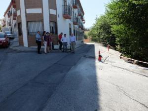 La delegación socialista comprueba los daños en Calicasas.