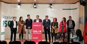 Entrena, con los candidatos y candidatas socialistas este lunes.