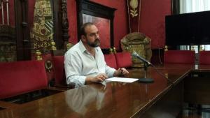 El portavoz municipal de IU, Francisco Puentedura.