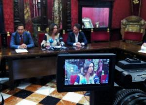 Rocío Díaz, en una imagen de archivo, con Antonio Granados y Juan Antonio Fuentes.