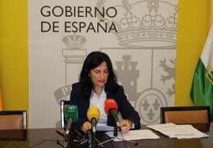 La subdelegada del Gobierno informa del dispositivo electoral.