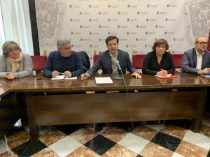 Rueda de prensa de Francisco Cuenca y representantes de CCOO y UGT.