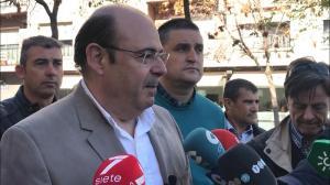 Sebastián Pérez, con integrantes del SIPLG, este jueves.