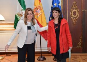 Susana Díaz y Teresa Rodríguez, en una imagen de marzo de 2015.