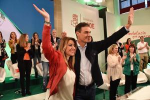 Susana Díaz y Pedro Sánchez en el comité director del PSOE andaluz celebrado este sábado en Sevilla.