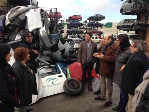 El secretario general del PP, junto a dirigentes del partido en Granada.