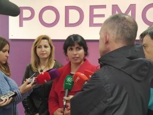 Teresa Rodríguez y Carmen Lizárraga, este jueves en Granada.
