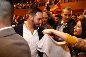Santiago Abascal, a su llegada al Palacio de Congresos de Granada.