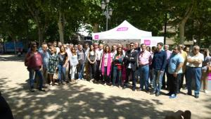La líder de UPyD por Granada rodeada de candidatos andaluces del partido.