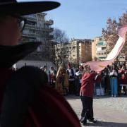 Los desfiles han finalizado junto a la Ermita de San Sebastián.