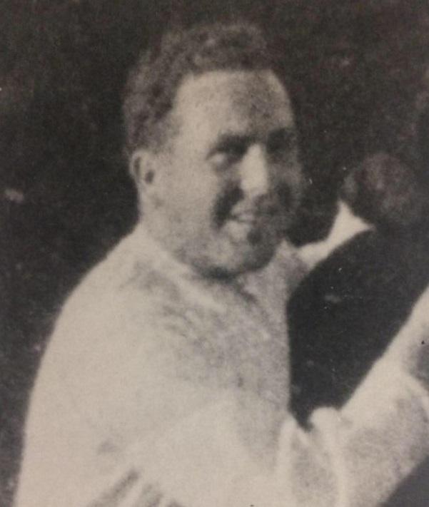 Manuel del Águila, El Rusia.