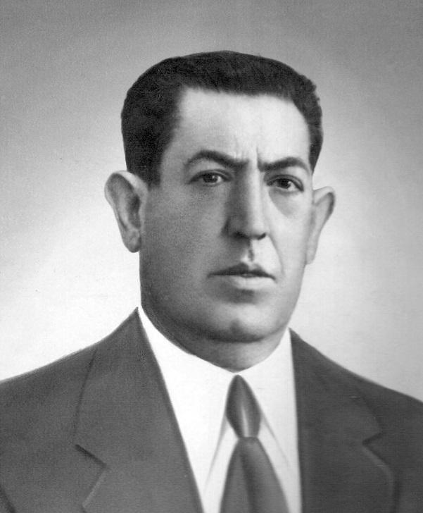 Salvador Labrac Escudero (1892-1956), tataranieto de Jean Pierre Labraque y bisabuelo del autor.