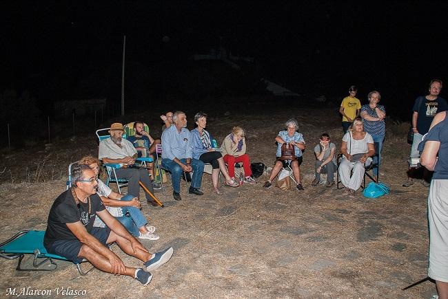 Asistentes al homenaje a Lorca en Lanjarón.