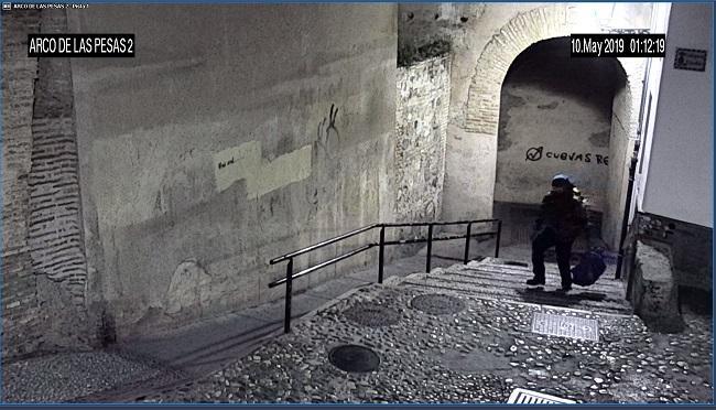 Imagen captada por la cámara de videovigilancia instalada junto al Arco.