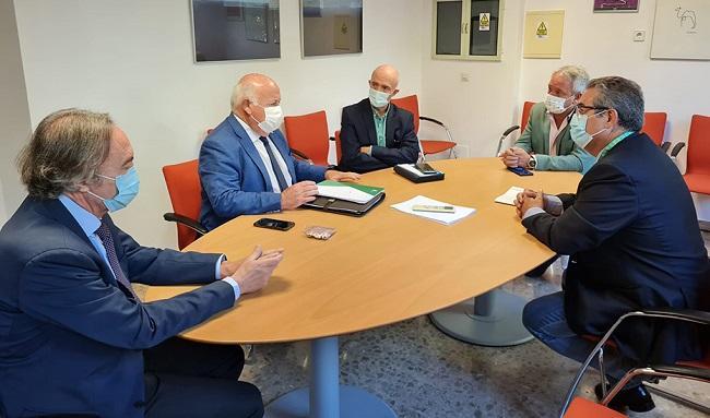 El consejero Jesús Aguirre, este martes en Granada, donde ha abordado el plan andaluz de cuidados paliativos.