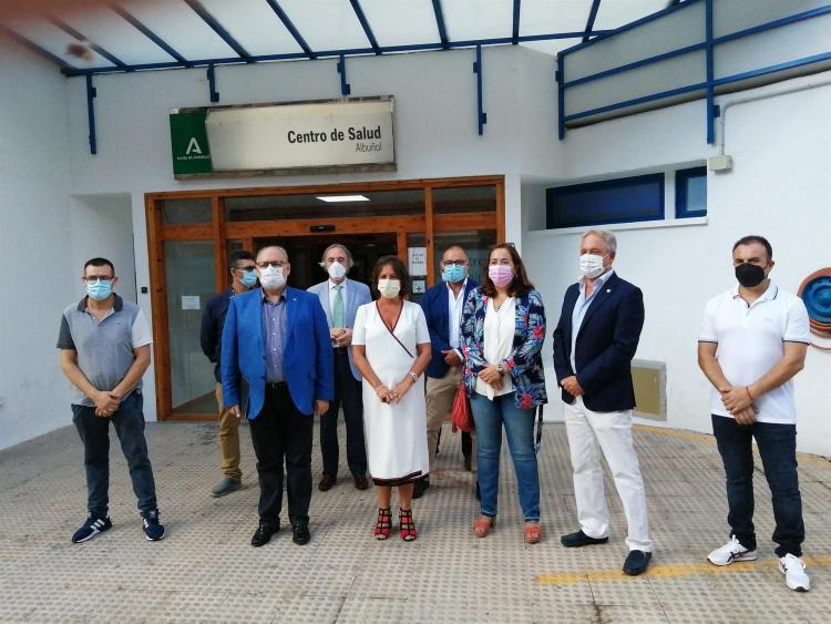 Visita de la viceconsejera a Albuñol.