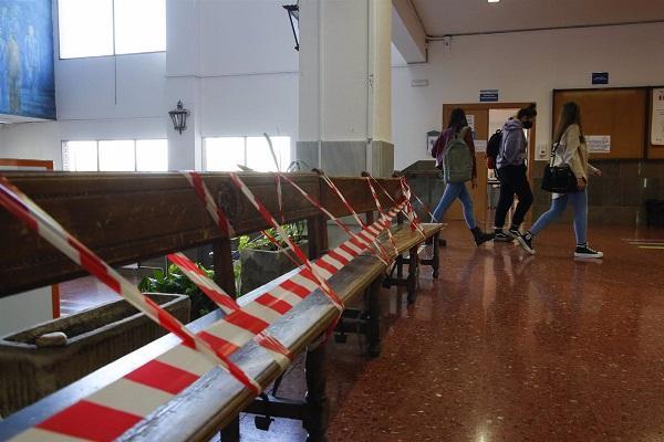 Aula universitaria antes de decretar la suspensión de las clases presenciales.