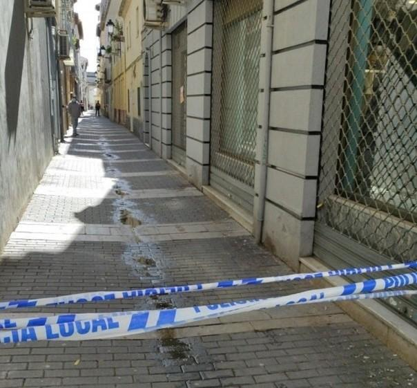 Calle de Santa Fe cerrada tras el terremoto del 23 de enero.