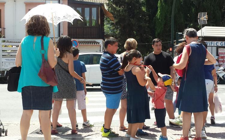 Las sombrillas vienen bien para evitar la exposición al sol.