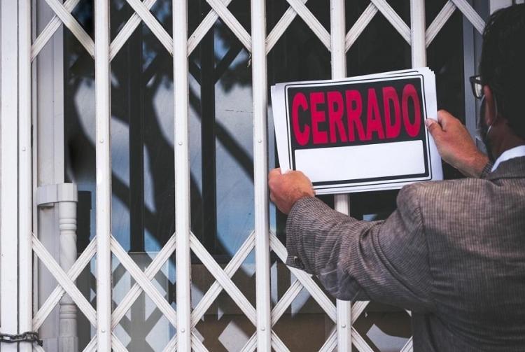En total son 49 los municipios granadinos afectados por el cierre perimetral.