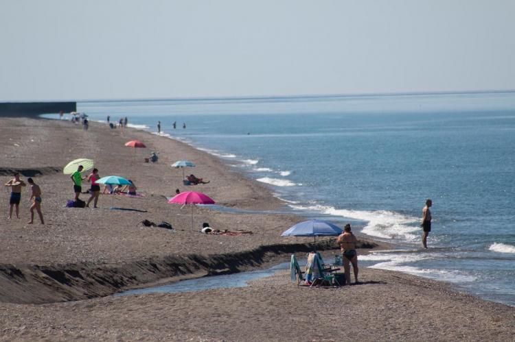 Una de las playas de Salobreña.