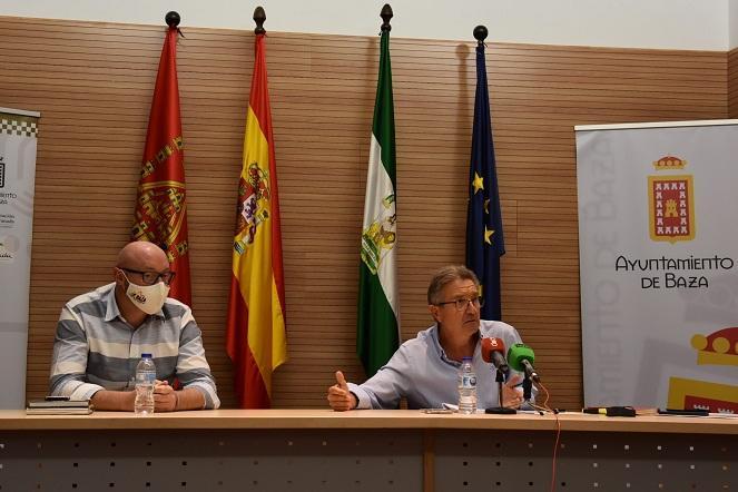 El alcalde de Baza, Manuel Gavilán, en rueda de prensa este jueves.