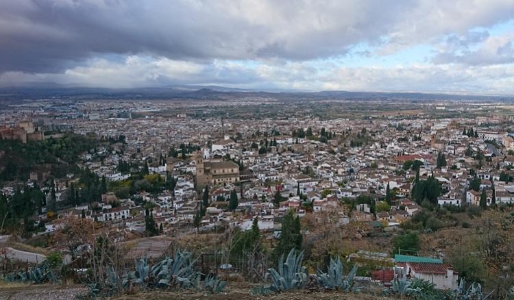 Vista de Granada desde San Miguel Alto.