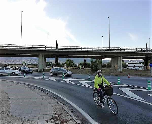 Entrada a Granada por la rotonda de La Zubia este lunes a las 8.00 horas.