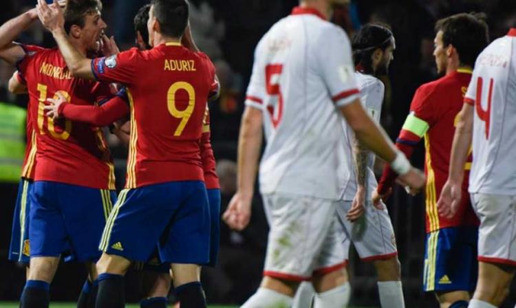 Celebración de uno de los goles de España.