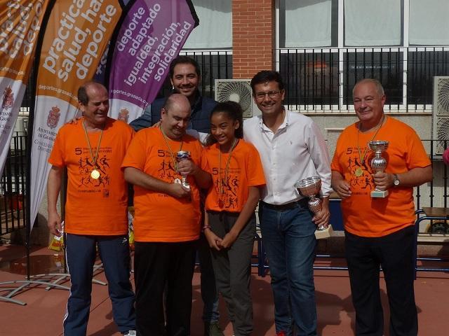 Varios participantes, con el alcalde.