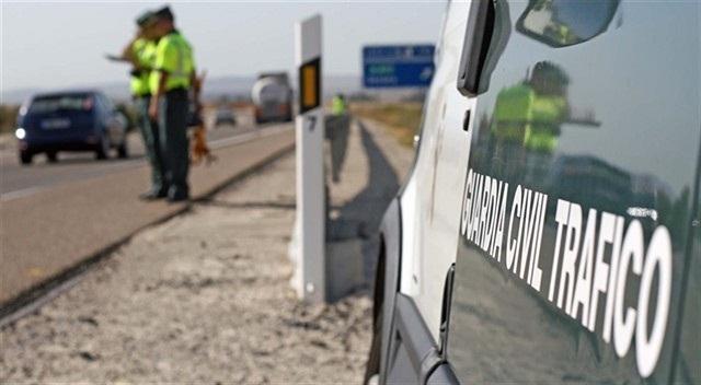 Control de tráfico de la Guardia Civil.
