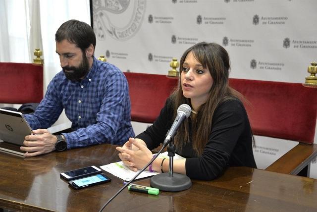 Jemi Sánchez informa del programa de vivienda para personas sin hogar.
