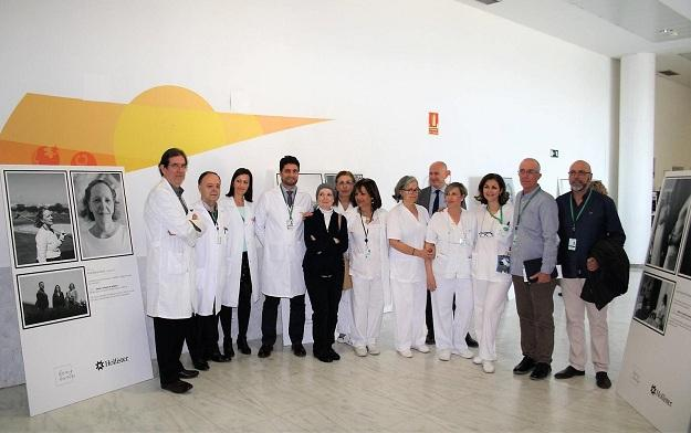 Inauguración de la exposición en el hospital.