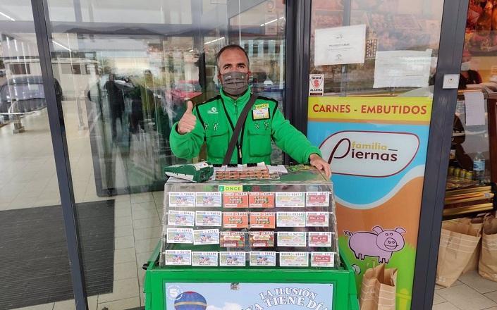 Fernando Sánchez, vendedor de la ONCE en Baza.