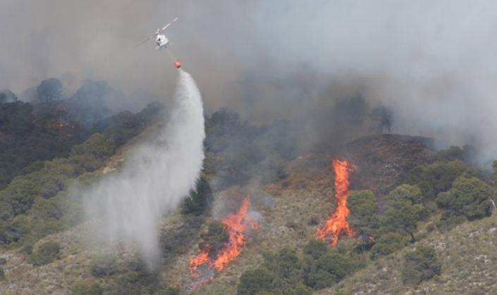 Incendio en Los Guájares-Vélez de Benaudalla, uno de los más graves de este año, con 137 hectáreas quemadas.