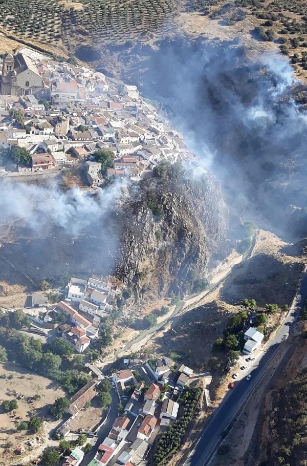 Zona en la que se ha declarado el incendio en Iznalloz.