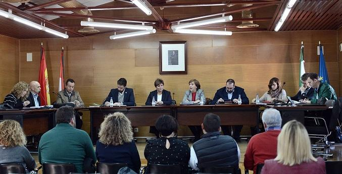 Encuentro de la Junta con representantes de los Montes Orientales.