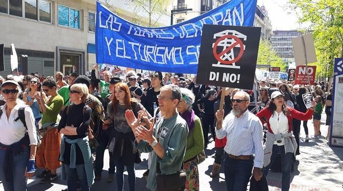 Una de las protestas de la plataforma contra las torres eléctricas.