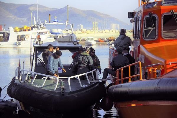 Migrantes rescatados este viernes.