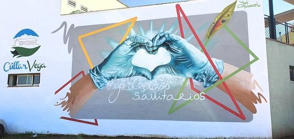 El mural se ha ubicado en la Casa de la Cultura.