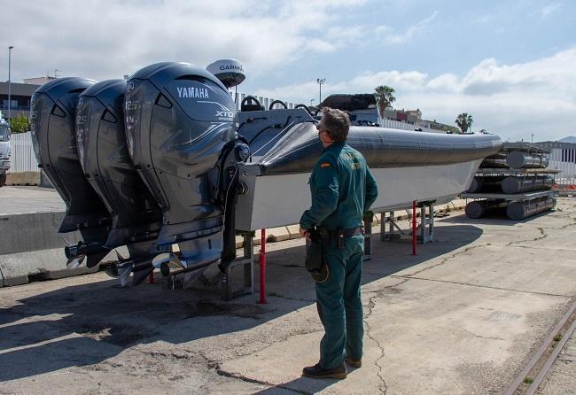 El Servicio Marítimo de la Guardia Civil interceptó la embarcación.
