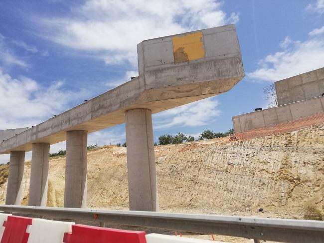 Una de las estructuras del puente de la Segunda Circunvalación.