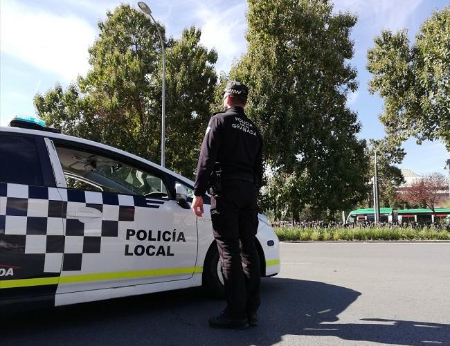 Imagen de un control de la Policía Local, este miércoles, en el Palacio de los Deportes.
