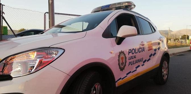Vehículo de la Policía Local de Pulianas.