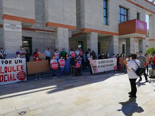 Concentración de Stop Desahucios Granada 15M.