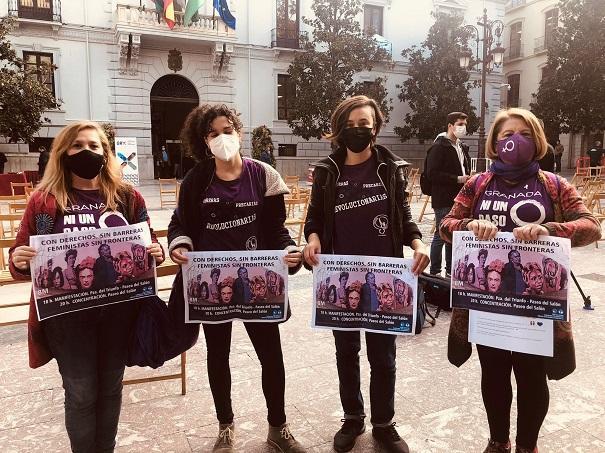 Representantes del movimiento feminista granadino, este viernes en rueda de prensa.