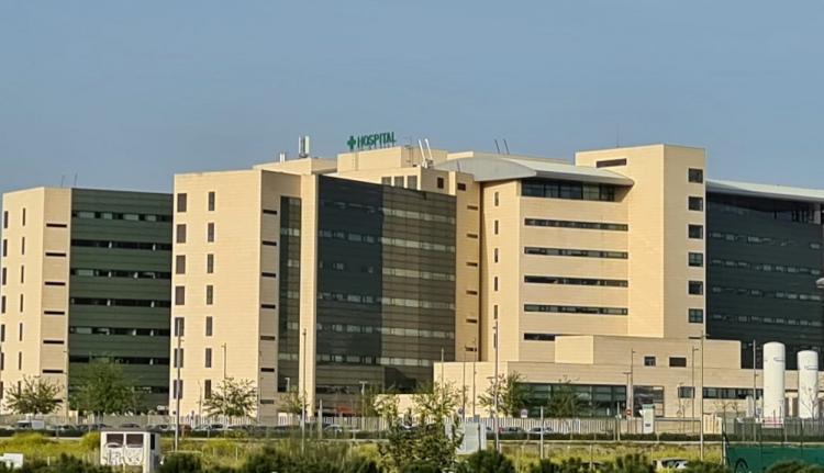 El San Cecilio, hospital que nunca completó su cartera de servicios para equiparlo al Virgen de las Nieves.