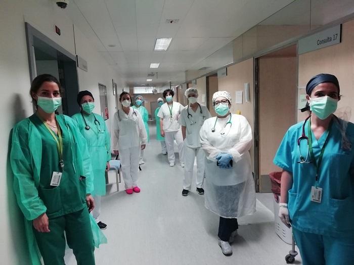 Profesionales sanitarios de Urgencias del Hospital Virgen de las Nieves.